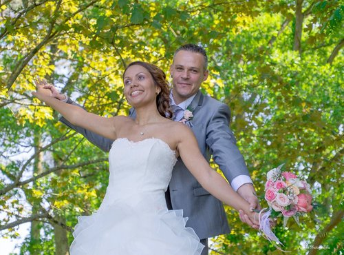 Photographe mariage - sourire au naturel - photo 2